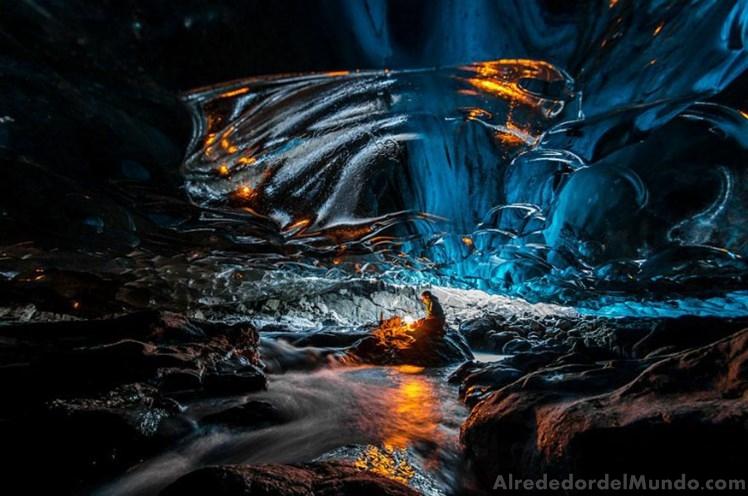alrededor del mundo cueva islanada