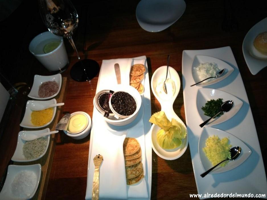 Ithaa-Undersea-Restaurant-5
