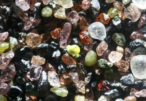 Granos de arena ¡Parecen Joyas bajo un microscopio! 5